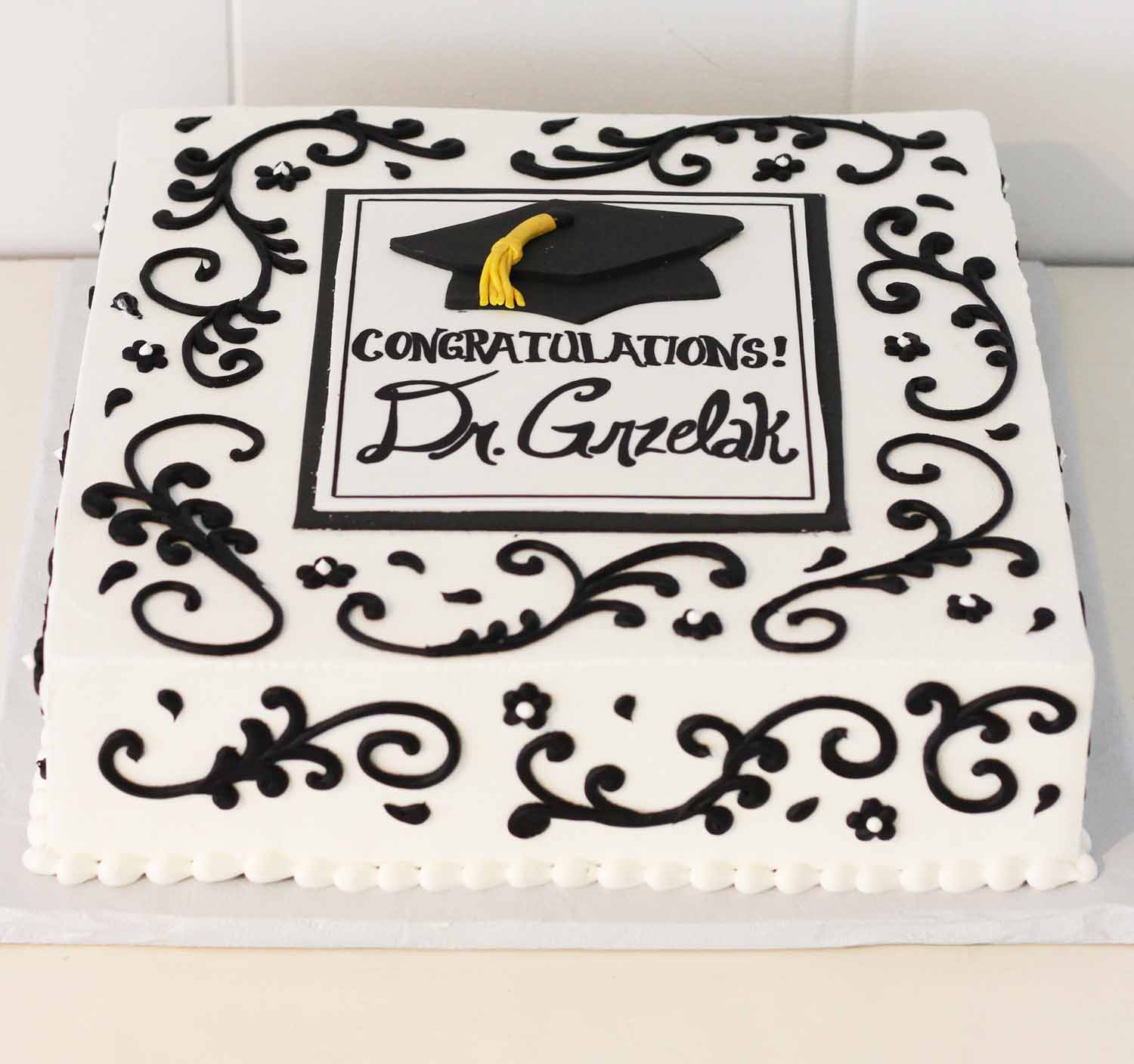 graduation cake by cafe pierrot in northern new jersey