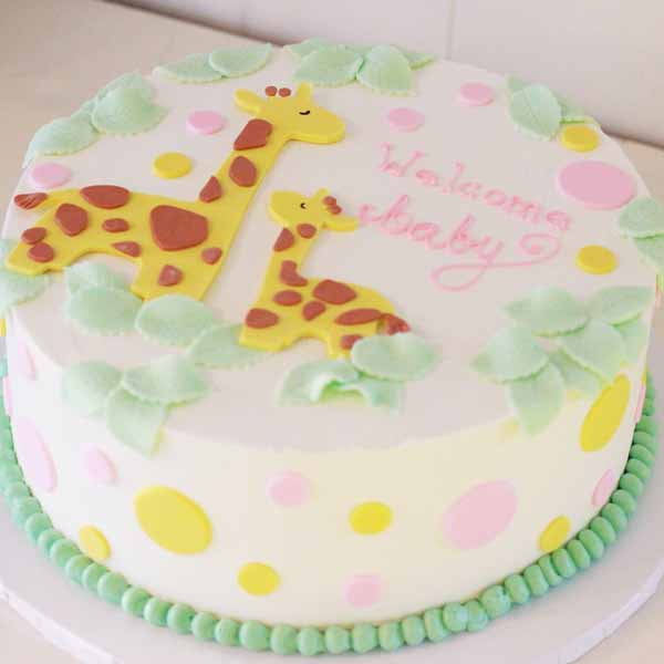 custom baby giraffe cake from bakery in north jersey