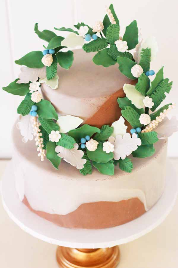 gumpaste flower wreath marble fondant tiered cake