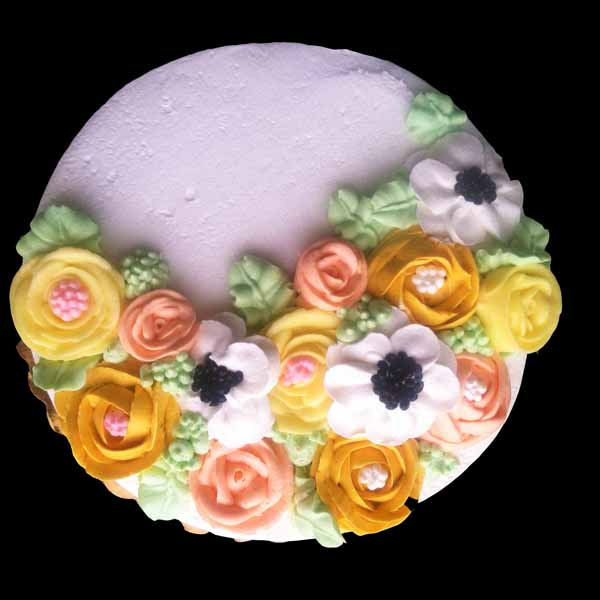 buttercream flowers round cake