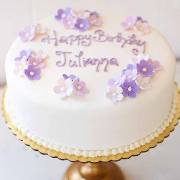 fondant flowers round cake