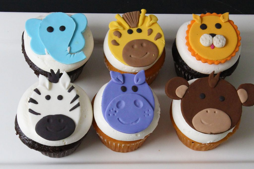 jungle or safari themed baby shower cupcakes from cafe pierrot in nj