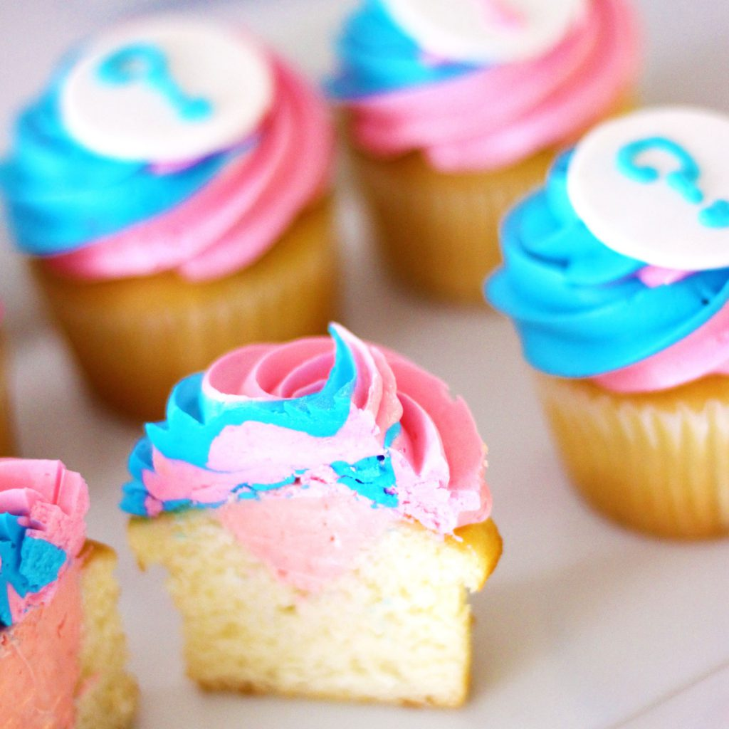 gender reveal baby shower cupcakes from french bakery in north jersey
