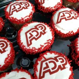 custom logo cupcakes sussex county nj bakery