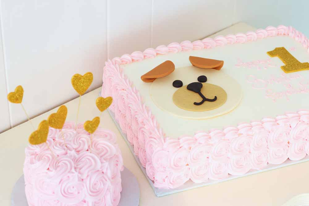 glitter puppy and hearts first birthday cake and smash cake