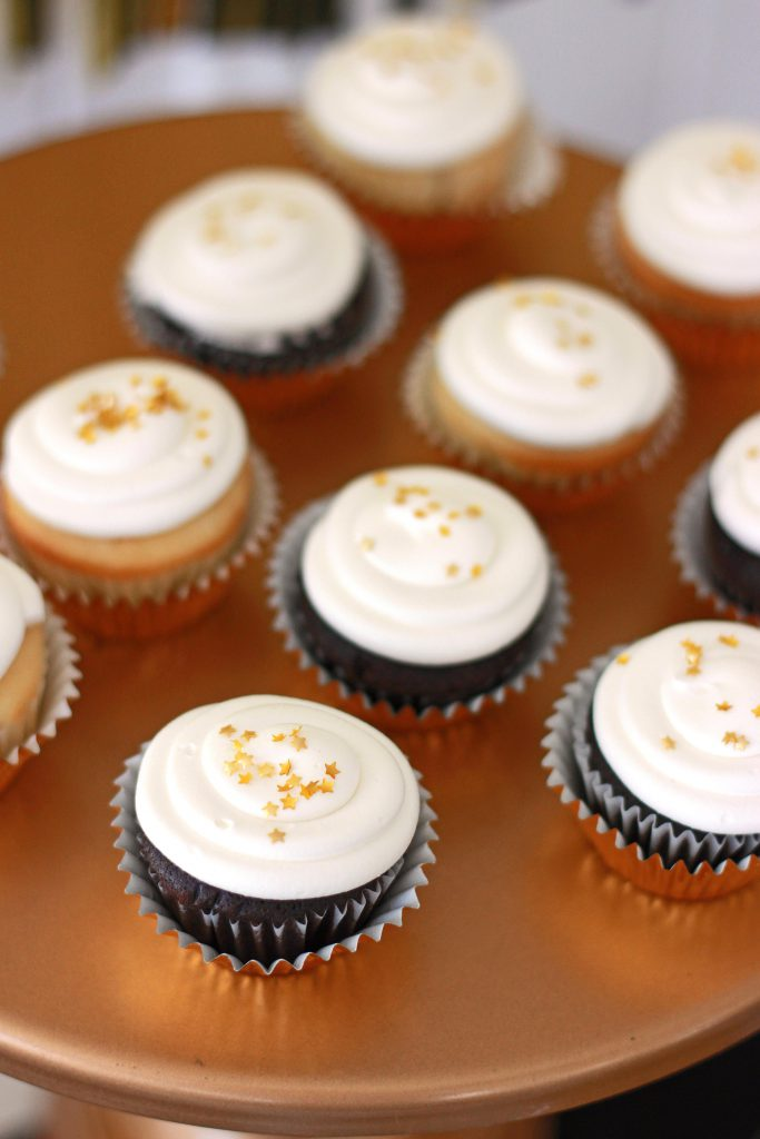 mini cupcakes with stars